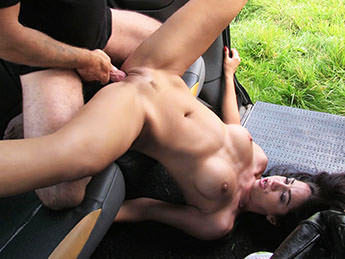 Perfect tits and great arse (Julia De Lucia & John – FakeTaxi – FakeHub)